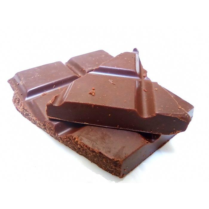 """Šokoladas """"Cinamonas ir slyva"""""""